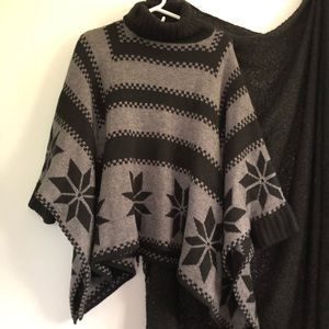 525 America Sundance Catalog poncho sweater s/m